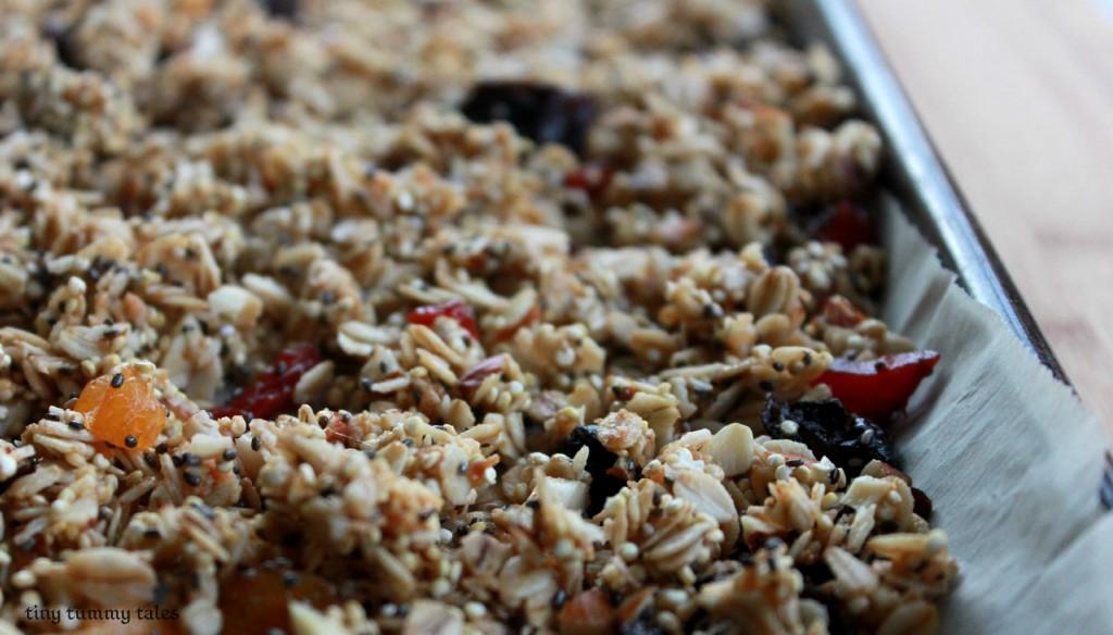 quinoa chia granola, healthy snack idea- delicious!