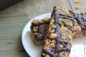 Whole grain + quinoa + flax stovetop granola bar recipe! Great for a healthy kids' snack!