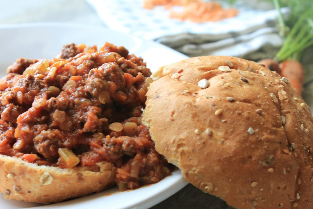 Easy slow cooker lentil sloppy-joes. Quick meal for healthy kids!