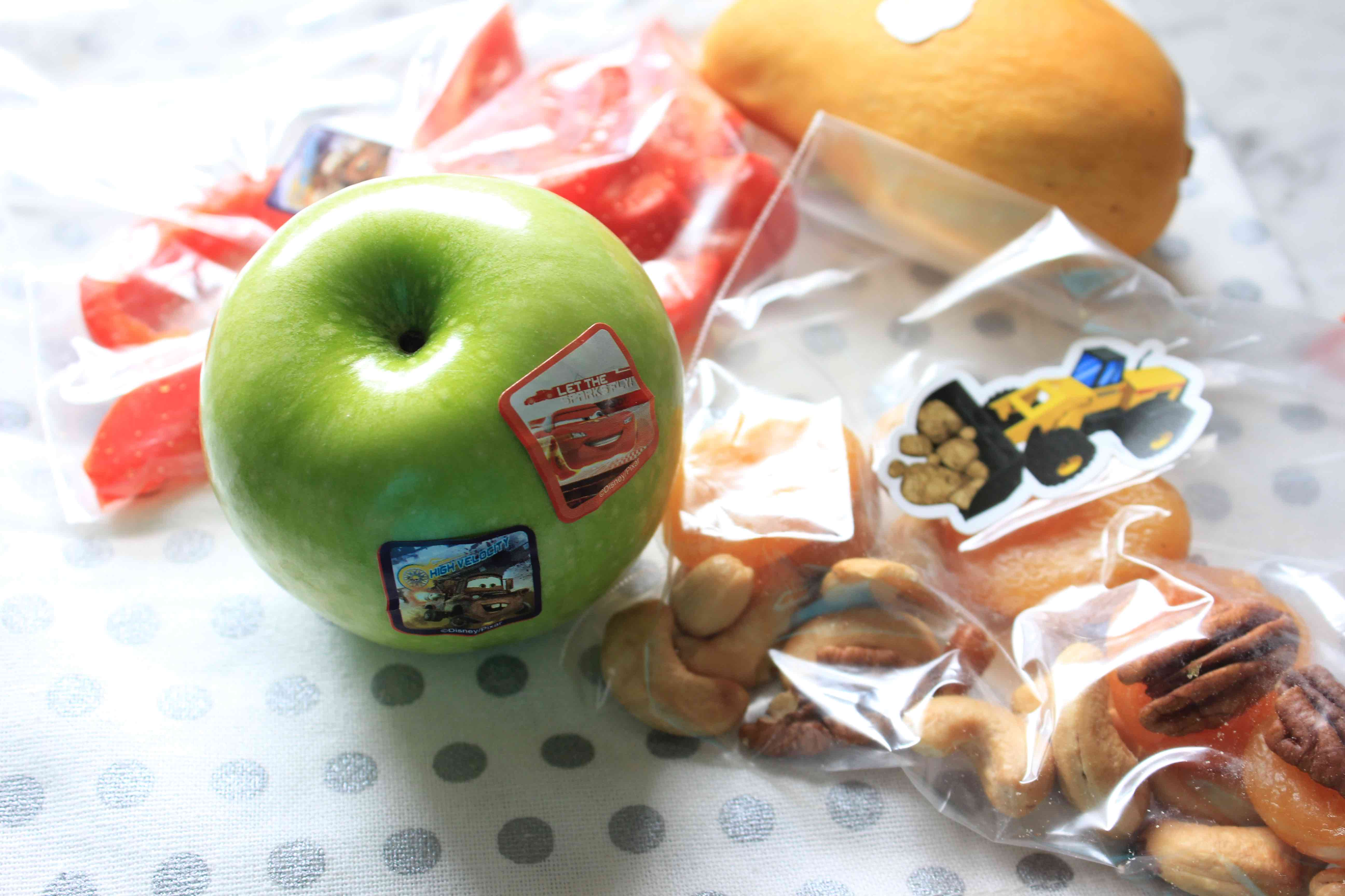 5 ways to get kids eating healthy foods- mom hacks!